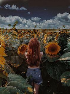 Sunflower Wallpaper, Summer Photos, Aesthetic Photo, Cute Photos, Body Painting, Flower Art, Photo Art, Portrait Photography, Photoshop