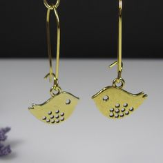 Bird nickel free earrings, small gold bird charms, love bird earrings, sparrow earrings, nature inspired jewelry, gold earrings, kidney wire by AndesBeads on Etsy