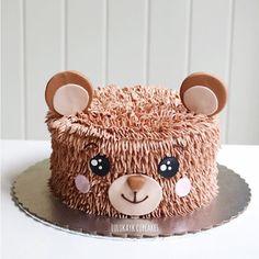 #cake #cakeshop #cakes #cakejakarta #cupcake #cupcakejakarta #cafejakarta #lulukaylacupcake #kuejakarta #kueultah #kue #birthdaycake #JKTINFOOD #JKTFOODIES #buttercreamcake #customcake #customcakejakarta #flowercake #anakjajan #weddingcake #bridalshower #bear #bearlk