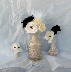 3 Rustic DIY Wedding Favor Ideas on a Budget Handmade Wedding Decorations, Vintage Wedding Centerpieces, Diy Wedding Favors, Wedding Bouquets, Wedding Flowers, Party Favors, Gatsby Wedding, Ivory Wedding, Rustic Wedding