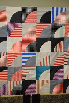 Chicago Modern Quilt Guild Tricia Royal mod curves quilt