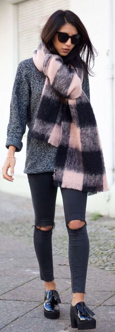 Pink And Black Checkered Oversize Scarf & Skinnies Ripped Jeans