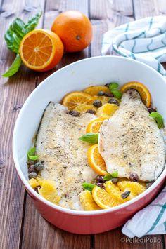 Gustosi filetti di #branzino cotti al forno con #arance olive e capperi, leggeri e velocissimi da realizzare. #ricette #pesce #secondiveloci #createtoinspire