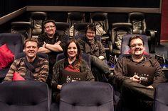 Da sitzen sie: Die Kinomacher Tanja Graumann und Nicole Güldner sowie die Kinogänger Michael Kaub, Clara Berwe und Björn Othlinghaus. Foto: Selfie ;) Lichtspielhaus oder Kino? Keinesfalls, es musst…