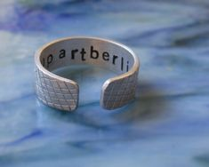 Aluminum band ring with snakeskin engraving hand stamped personalized gift boyfriend friend farewell trip lucky charm Hand Gestempelt, Messing, Aluminium, Cuff Bracelets, Rings For Men, Wedding Rings, Engagement Rings, Etsy, Jewelry