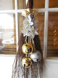 holiday cinnamon broom silver and gold by marys4everflowers 2000 wreath crafts xmas crafts - Christmas Broom Decoration
