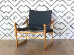 Vintage Bengt Ruda Cikada Safari Chairs - Pair – Shoppe by Amber Interiors Diy Home Furniture, Vintage Furniture, Furniture Design, Outdoor Furniture, Outdoor Chairs, Lounge Chairs, Outdoor Decor, Vintage Safari, Amber Interiors