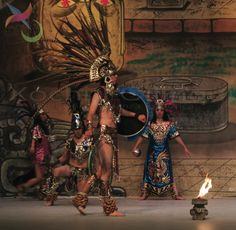 Aztec dance, the song and dance form an essential duality for the ritual are essential elements for the ceremony. Mexican folk! (FDC Xochitl Ollinqui).