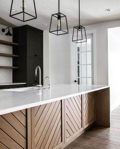 Home Design, Küchen Design, Design Ideas, Design Inspiration, Kitchen Tile Inspiration, Interior Inspiration, Black Kitchen Cabinets, Black Kitchens, Island Kitchen