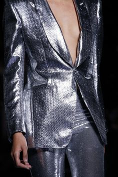 See every detail from the Tom Ford Fall 2018 collection.