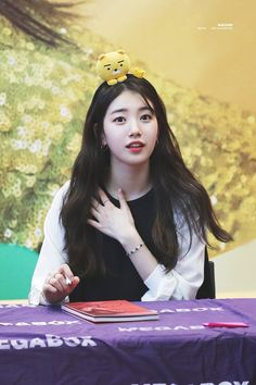 The only one of my life in the next few months. Hyuna Kim, Uncontrollably Fond, Miss A Suzy, Kpop Hair, My Love From The Star, K Pop Star, Attractive Girls, K Beauty, Asian Beauty