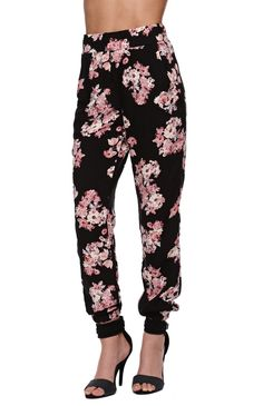 these probably would look HORRIBLE on me but i can dream