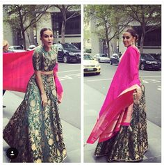 Gorgeous brocade lehenga with pink raw silk shawl Brocade Lehenga, Lehenga Skirt, Brocade Dresses, Silk Sarees, Lengha Choli, Indian Dresses, Indian Outfits, Brocade Blouse Designs, Indian Designer Wear