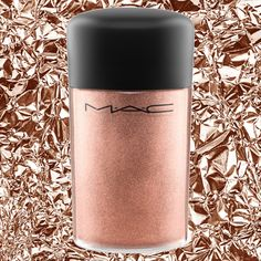 Here's how to use the latest it-beauty product — MAC Cosmetic's rose gold pigment.