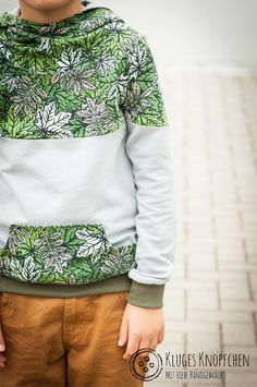 Blätterrausch von #ALEKSIO #ASTROKATZE Nähbeispiel von *Kluges Knoepfchen* https://www.facebook.com/klugesknoepfchen *#interlock #herbstlaub #herbst #laub #blaetter #leaves #stoffdesign #textildesign #organiccotton #fabric #diy #sewing #designerstoffe