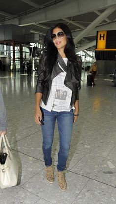 nicole-scherzinger-heathrow-airport-london-rebecca-taylor-wedge-sneakers