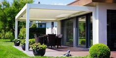Pergola bioclimatique offre une parfaite maîtrise de la température et de l'aération, elle embellit et valorise votre propriété.