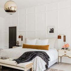 home decor habitacion neutral bedroom design // mustard throw pillow // simple eclectic bedroom design Master Bedroom Design, Home Decor Bedroom, Master Suite, Bedroom Ideas, Bedroom Inspiration, Bedroom Signs, Interior Livingroom, Bedroom Styles, Master Bedrooms