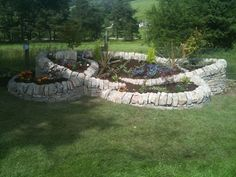 Raised landscape bed using landscape block | Raised Garden Stone