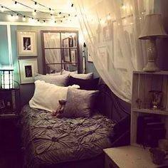 Bedroom! @Thaisy Antunez Antunez Antunez  what do u think? for my room..