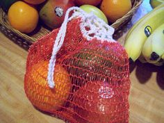 duh ive got a drawer full of these i cut them open to use for crochet kitchen scrubbers this is a good idea!~ Reusable Produce Bag from Orange/Onion Bag Basic Crochet Stitches, Crochet Patterns, Sewing Patterns, Bead Crochet, Free Crochet, Produce Bags, Sewing Lessons, Orange Bag, String Bag