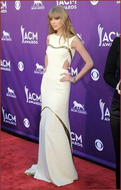 Taylor Swift wore J.Mendel White Evening Dress for ACM Awards 2012 | Beautiful Fashion Dresses
