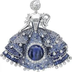 Van Cleef Arpels' new collection of #HighJewelry is inspired by a well-known #fairy tale, Peau d'Âne. In its homage to the story of this young princess, the Maison has revisited several of its favorite themes: the feminine figures born in the 1940s, a charmed nature, the delicacy of couture adornments and the language of romance.