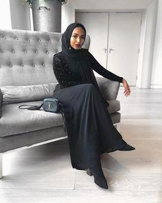Modern Hijab Fashion, Muslim Women Fashion, Islamic Fashion, Abaya Fashion, Modest Fashion, Fashion Outfits, Fall Outfits, Niqab, Hijab Collection