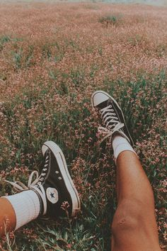 Ideas for vintage photography aesthetic Summer Aesthetic, Aesthetic Vintage, Aesthetic Beauty, Aesthetic Boy, Travel Aesthetic, Shotting Photo, Images Esthétiques, Beauty And Fashion, Fashion Tips