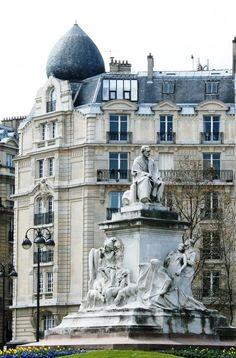 Fusion of Haussmannian and Arabic in Paris Paris Love, Paris Paris, Paris City, Most Beautiful Cities, Beautiful Buildings, Amazing Places, Paris Images, Paris Pictures, Tour Eiffel