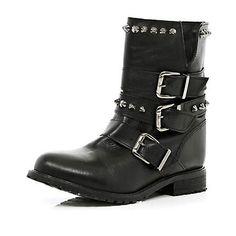 Black studded buckle biker boots €65.00