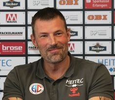 """HC Erlangen: Robert Andersson ist """"Trainer der Saison"""" in der 2. Handball-Bundesliga 2015/2016.  www.hc-erlangen.de #dkbhbl #erlangen #hcerlangen #handball #hlstudios #einteameinziel"""