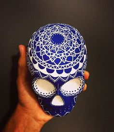 #skull #skulltattoo #skulls #skullart #exotic #calaveira #caveira #caveiramexicana #instagood #instadaily #drawing #posca #rock #dark #art #artwork #blue #mexicanskull #mandala #flowers #decorations #decoration #tattoo #mandalas #photo