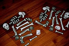 skeleton game- cut out the pieces, then have a relay race to build your skeleton - or hide the pieces for a hunt Classroom Halloween Party, Halloween Games, Kids Party Themes, Birthday Party Themes, Birthday Ideas, Party Ideas, Doctor Party, Harvest Party, Third Birthday