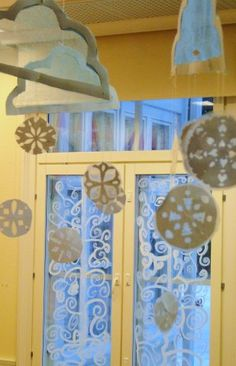 ASKARTELU - Päästä lintu lentoon - Vuodatus.net Winter Crafts For Kids, Paper Crafts For Kids, Art For Kids, Arts And Crafts, Winter Art, Work Inspiration, Valance Curtains, Furniture, Home Decor