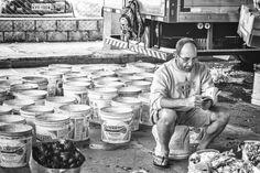 Momento de concentração!  #cadeg#street#gomirrorless#streetphoto#streetphotography#pbphoto