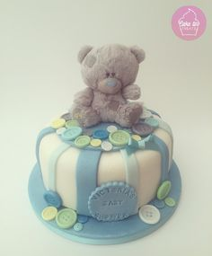 Baby shower cake with 'me to you' tatty teddy and fondant buttons