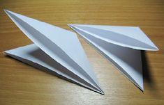 christmas craft ideas: paper snowflake flower tutorial - crafts ideas - crafts for kids Christmas Paper, Christmas And New Year, Christmas Crafts, Craft Tutorials, Diy Projects, Craft Ideas, Diy And Crafts, Crafts For Kids, Snowflake Template