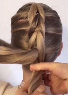Braids For Thin Hair, Hairdo For Long Hair, Easy Hairstyles For Long Hair, Hair Up Styles, Medium Hair Styles, Hair Braiding Styles, Braid Hair Tutorials, Hair Braiding Tutorial, Side Braid Tutorial