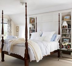 Ahhh!  So simple in design and colour and then throw in a gorgeous 4 poster bed and it's love at first sight!