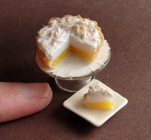 1:12 Scale Lemon Meringue Pie  this lemon meringue pie is one of the best versions that I've seen in miniature