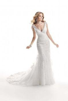 Dainty V Neck Sleeveless Applique&Beads Full Of Lace Court Train Wedding Dress