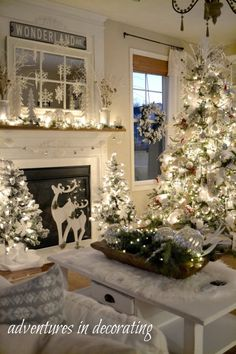 Are you searching for inspiration for farmhouse christmas decor? Check out the post right here for very best farmhouse christmas decor pictures. This specific farmhouse christmas decor ideas looks entirely superb. Diy Christmas Fireplace, Christmas Mantels, Farmhouse Christmas Decor, Noel Christmas, Rustic Christmas, Elegant Christmas, White Christmas Decorations Diy, Christmas Design, White Christmas Trees