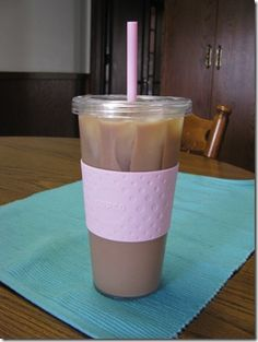 Iced Latte- Points Plus- Recipe Week 18 - Easy Recipes Weight Watchers Shakes, Weight Watcher Smoothies, Weight Watchers Points Plus, Weight Watchers Breakfast, Weight Watchers Diet, Weight Watchers Desserts, Points Plus Recipes, Ww Recipes, Shake Recipes