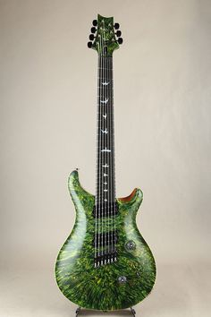 Usually I don't post guitars which have a lot of bling, but I thought I would make an exception here mainly because: This is PRS's first multi-scale guitar, 24.75 to 25.5″ (very m…