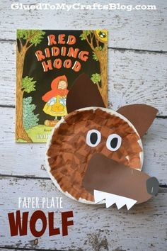 Paper Plate Wolf {Kid Craft} – Sharing Kindergarten Paper Plate Wolf {Kid Craft} Easy Paper Plate Wolf craft that goes with the story Little Red Riding Hood. A simple craft for toddlers and preschoolers when teaching fairy tales. Nursery Rhyme Crafts, Nursery Rhymes Preschool, Preschool Crafts, Paper Plate Crafts, Book Crafts, Paper Plates, Daycare Crafts, Toddler Crafts, Crafts For Kids