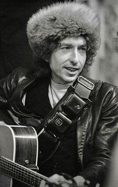 Toronto, 1975 ~ Bob Dylan At Gordon Lightfoot's House