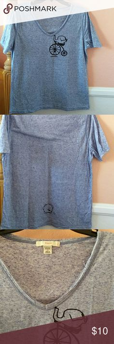 Circus Elephant V Neck T Shirt Cute theAnimalBox T Shirt Sized 2x but runs small,  more like a 1X 21 inch chest 26 inch length Worn twice No Holes,  no stains,  no discoloration,  no rips theAnimalBox  Tops Tees - Short Sleeve