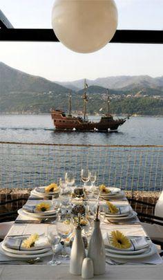Restaurant & lounge bar - Old Town Dubrovnik Restaurant Lounge, Great Restaurants, Dubrovnik, Old Town, Croatia, Cathedral, Villa, Relax, Bar