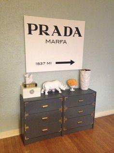 DIY Prada Marfa sign - an ode to Gossip Girl
